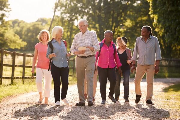 Collectifs seniors : Vieillir acteur et citoyen de son territoire