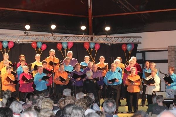 Concert donné par les ensembles vocaux : Clé des Bois de Merville