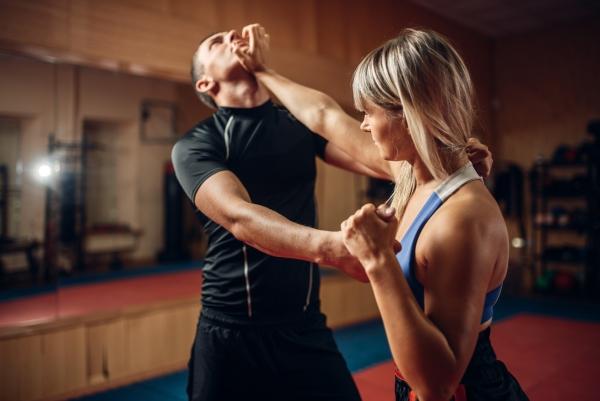 Cours de cardio training et Self Defense pour tous à partir de 14 ans